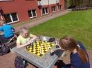 Uczniowie klasy III c graja w szachy_7